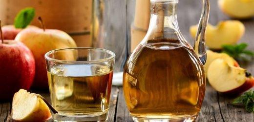 Diet helper: A little bit of Apple cider vinegar stimulates the metabolism and helps in Slimming