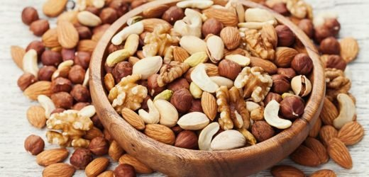 Experts: nuts improve our cognitive health