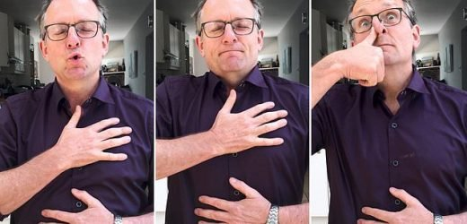DR MICHAEL MOSLEY shows how to beat chronic pain simply by breathing