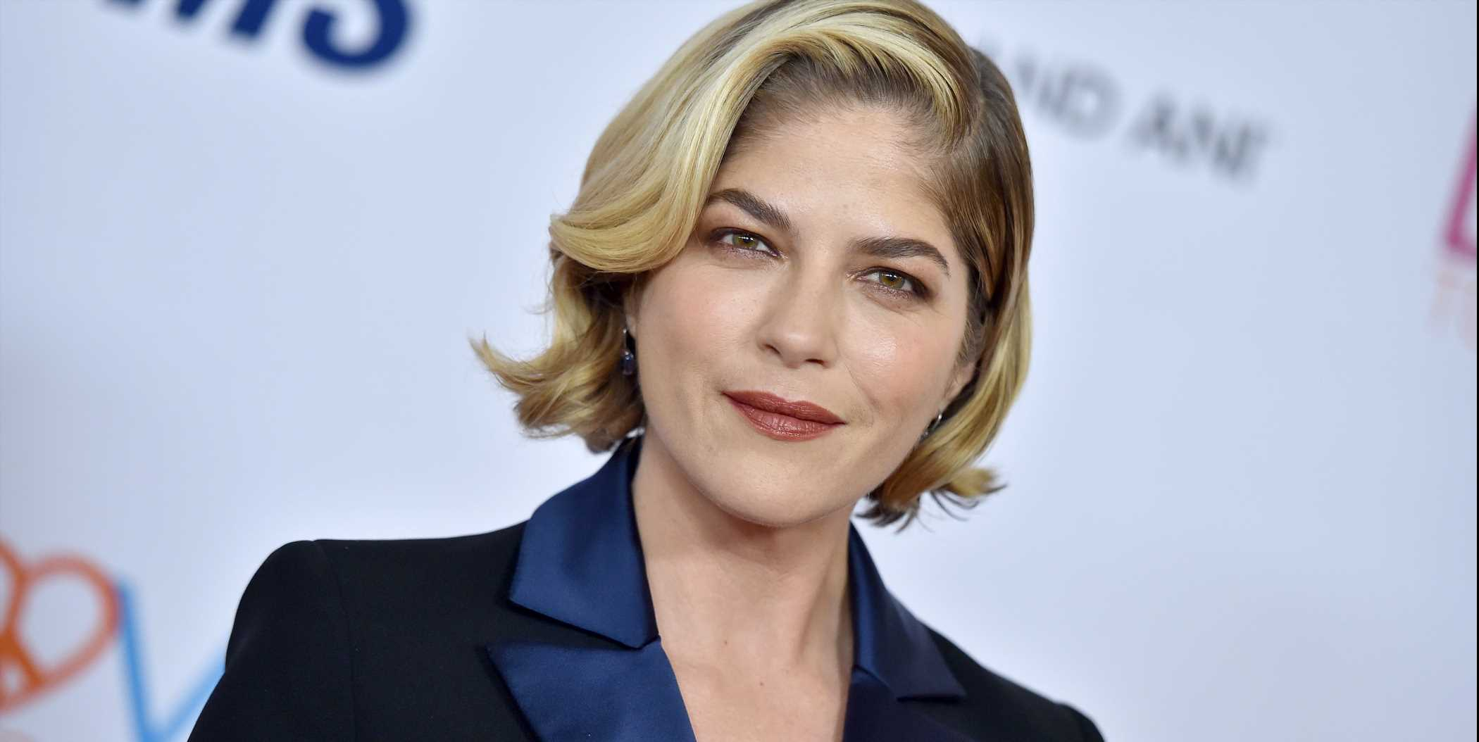 Selma Blair Just Said 'F*** You' To MS With Her Latest Instagram Photo