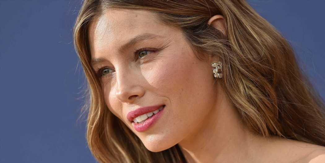 Jessica Biel Just Posted An Instagram 'Clarifying' Her Vaccinations Stance But It's Total B.S.
