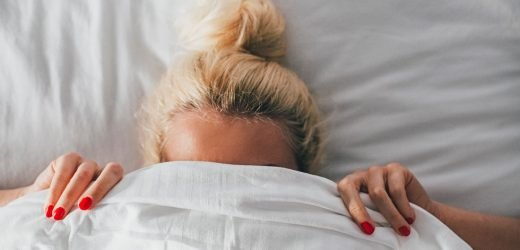 This Common Bedtime Habit Is Making You Gain Weight
