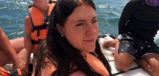 English girl, 16, suffers horrific sunburn on back after snorkeling in Cuba