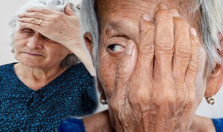 Dementia symptoms: Experiencing this problem in your eyes could be a warning sign