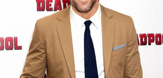 Ryan Reynolds Jokes That 'Bags Under My Eyes' Are His 'Thankless' Kids' Fault for Not Sleeping