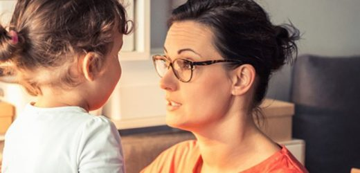 Watch: How other's opinions can alter your toddler's behaviour