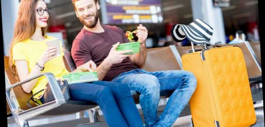 These Tips Will Help You Eat Healthy While You're Traveling for Work