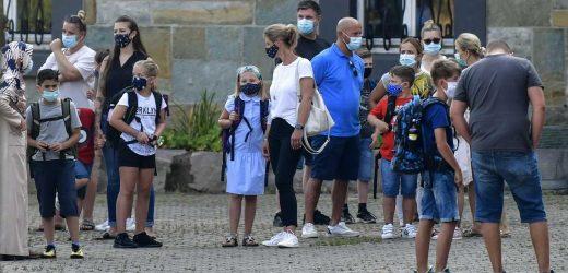 German coronavirus tests backlog: 900 positive not yet told
