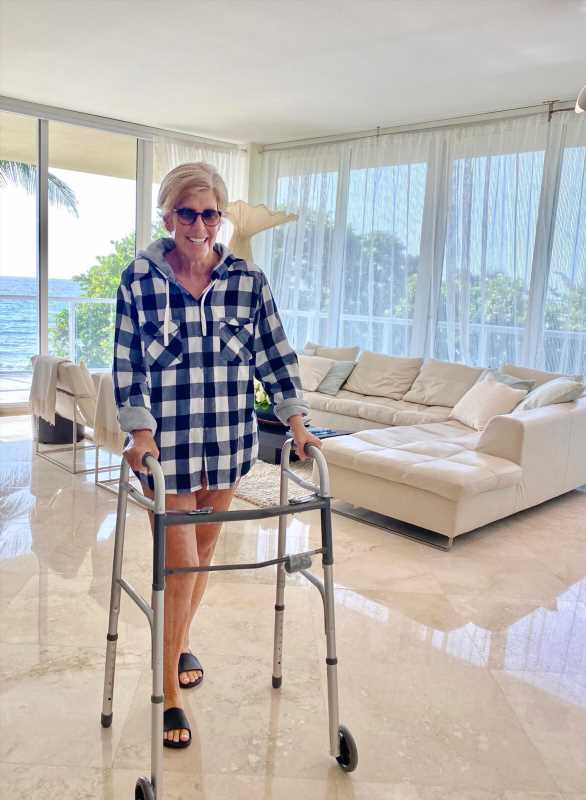 Suze Orman Says Her Spinal Surgery for a Rare Tumor Was 'a Journey to Hell and Back'
