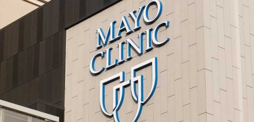 Over 900 Mayo Clinic Staff Members Contracted COVID in the Past 2 Weeks