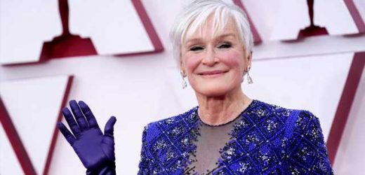 Glenn Close Is Hiding a Gorgeous Manicure Under Her Evening Gloves at the Oscars