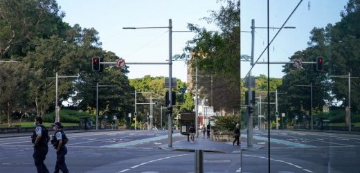 Sydney extends COVID-19 lockdown, imposes curfew on worst-hit areas